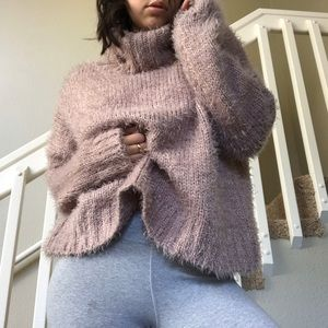 Chunky faux mohair pink turtleneck sweater💕